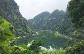 Đến Ninh Bình khám phá cố đô Hoa Lư, lạc trôi giữa Tuyệt Tình Cốc