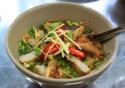 Du lịch thưởng thức đặc sản bánh canh chả cá nhồng Nha Trang