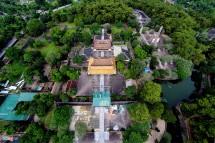 Tham quan Lăng Tự Đức – ông vua hay chữ, nổi tiếng có hiếu nhất thời Nguyễn