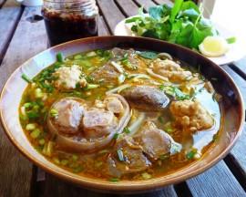 Bí quyết ăn uống khi đi du lịch Huế vào dịp Tết