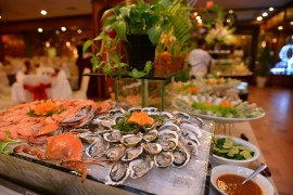 Ăn uống khi đi du lịch Hạ Long