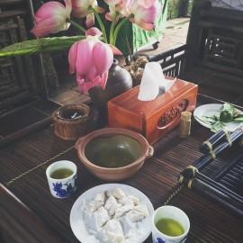 Đặc sản Hà Nội - Bánh chè lam Thạch Xá