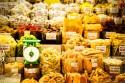 Đi du lịch Hà Nội nên mua đặc sản gì về làm quà biếu?