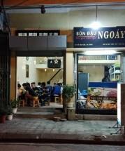Địa chỉ những quán bún đậu mắm tôm mẹt ngon ở Hà Nội