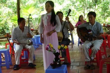 Tour Du Lịch 2 Ngày 1 Đêm Sài Gòn – Bến Tre – Cái Mơn – Chợ Lách - Mỹ Tho