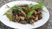 Đặc Sản Hậu Giang – Ốc Len Xào Dừa