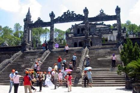 Tour Hà Nội - Đà Nẵng - Sơn Trà - Hội An - Bà Nà - Huế - Động Phong Nha 5 Ngày