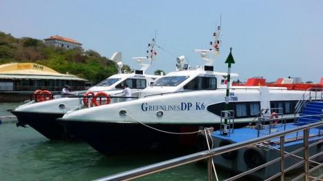 Đi Hồ Tràm bằng phương tiện gì?
