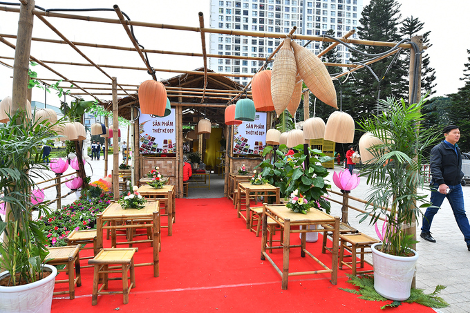 Description: Đặc sản 55 tỉnh thành 'hội tụ' tại Hà Nội