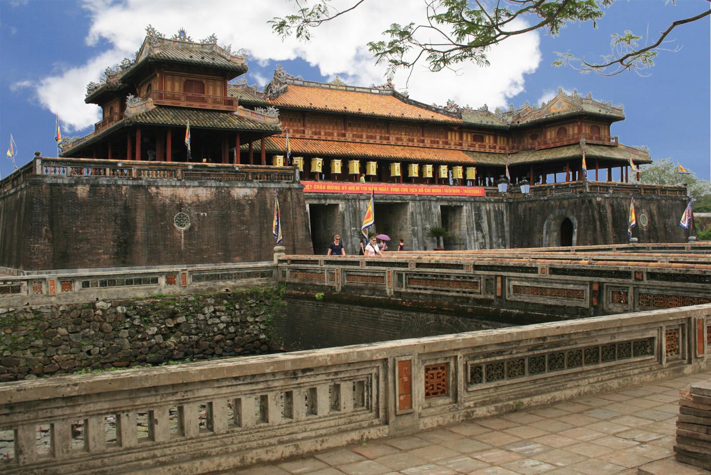 Tour du lich Hue tet Nguyen Dan 2016