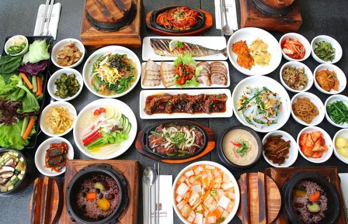 Kết quả hình ảnh cho kinh nghiệm ăn uống khi đi du lịch