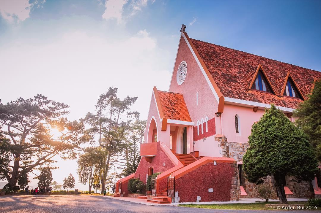 Kết quả hình ảnh cho nhà thờ domaine de marie