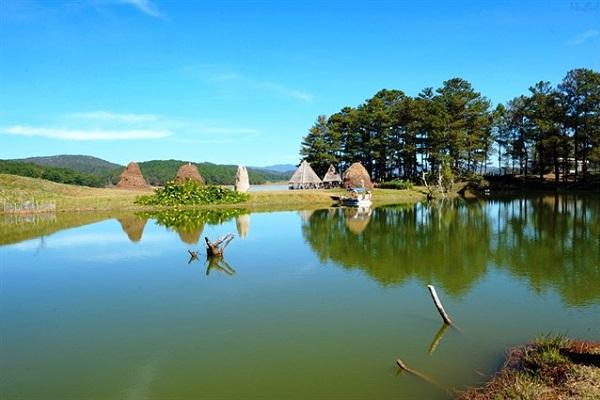Vẻ đẹp của khu du lịch Thung Lũng Vàng Lạc Dương