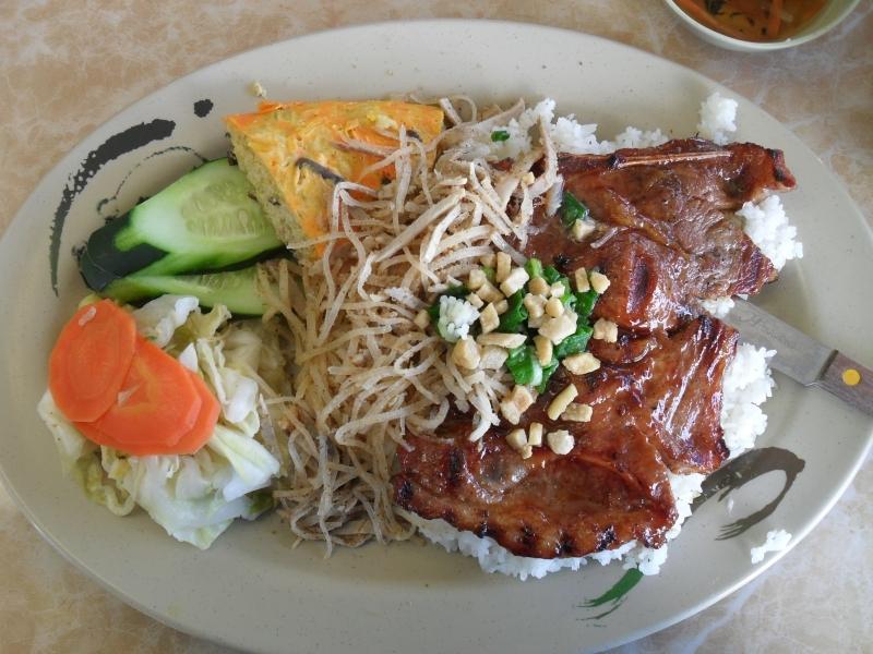 &quotĐiểm mặt&quot 10 quán cơm tấm ngon ở Vũng Tàu | Viet Fun Travel