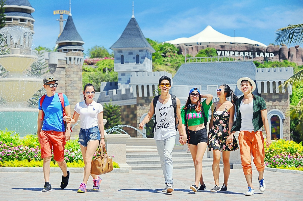 kham pha vinpearl Land Nha Trang