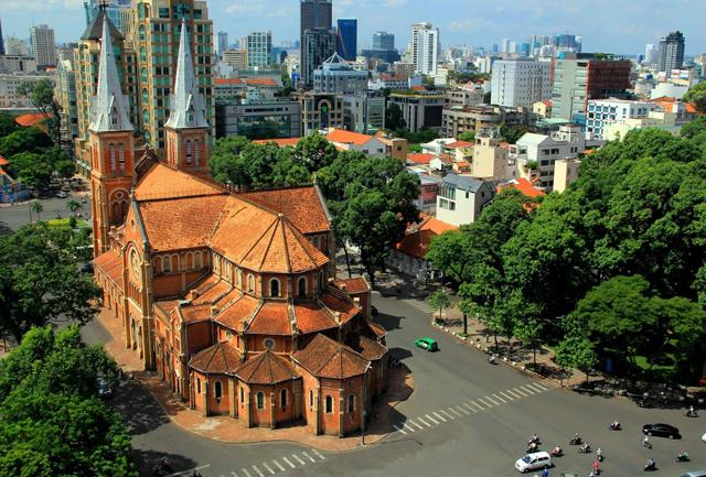 Địa Chỉ Nhà Thờ Đức Bà Ở Đâu?   Viet Fun Travel